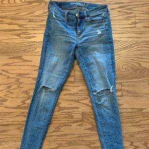 American Eagle super stretch skinny jean size 6